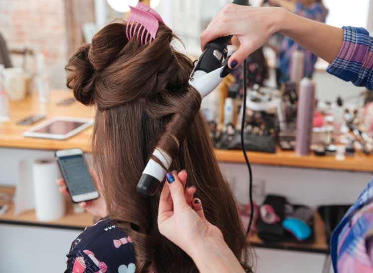 Enjoy an Immaculate Hairdo with a Fantastic Hairdresser Today